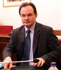 Ο Γιώργος Παπακωνσταντίνου είχε απευθείας επαφή με τον τότε γενικό διευθυντή του ΔΝΤ, Ντομίνικ Στρος - Καν